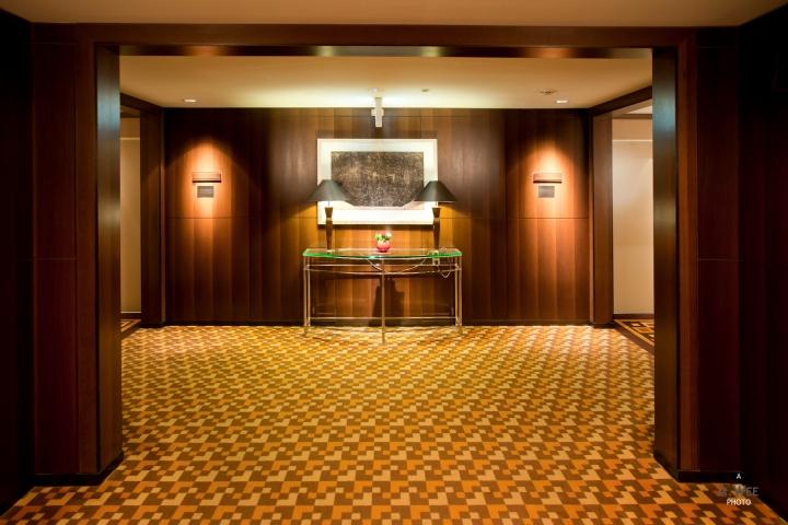 Trio of Surabaya Hotels: Contemporary Sheraton TowersSurabaya