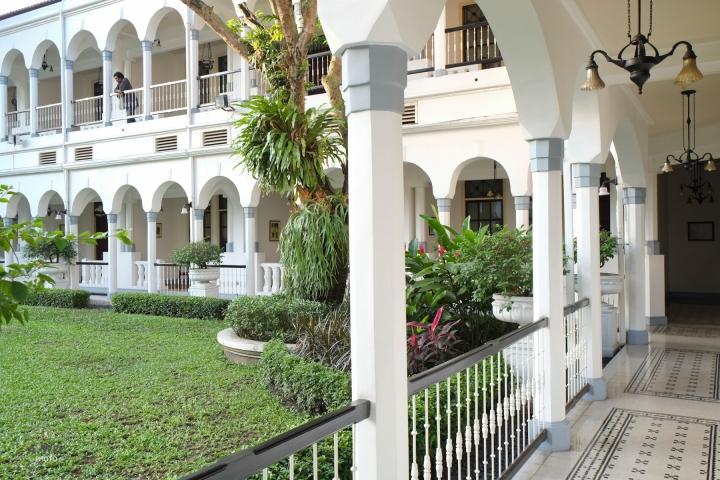 Trio of Surabaya Hotels: Classical HotelMajapahit
