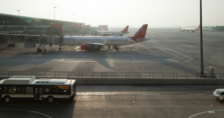 Fascinating India: Air India Economy Class Delhi to Mumbai