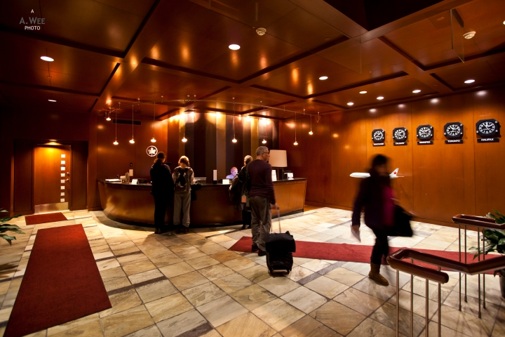 Domestic Maple Leaf Lounge in Vancouver – Vive le Québec