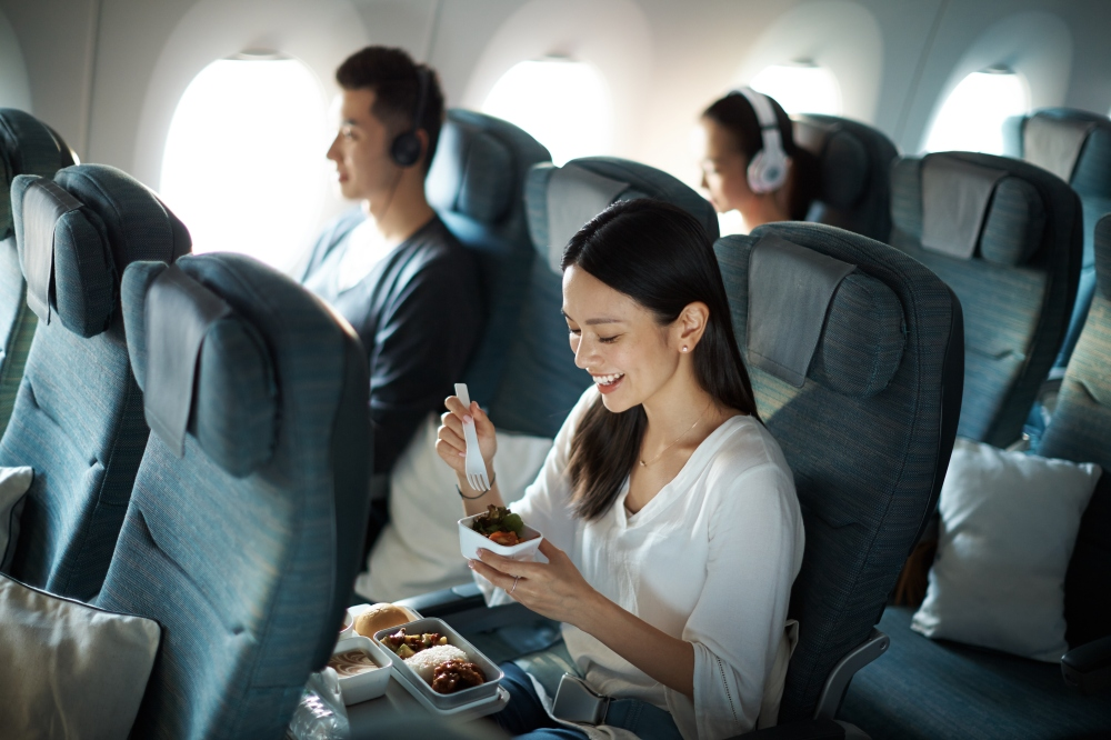 Economy cabin on Cathay's A350