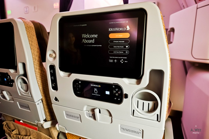 Flying on Singapore Airlines A350 in the extra legroomseat