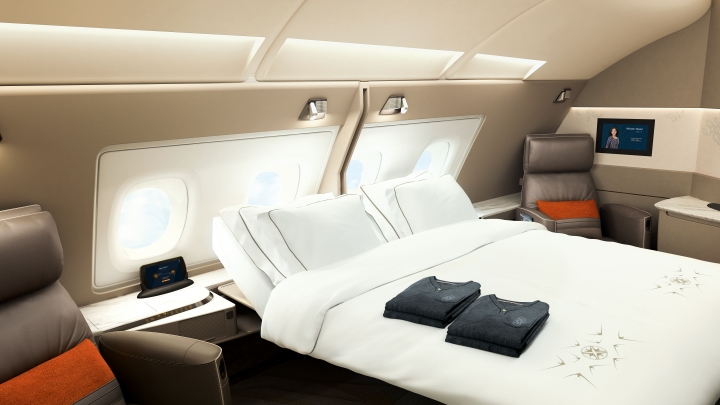 Comparing Singapore Airlines and Emirates new Suites / First Class products