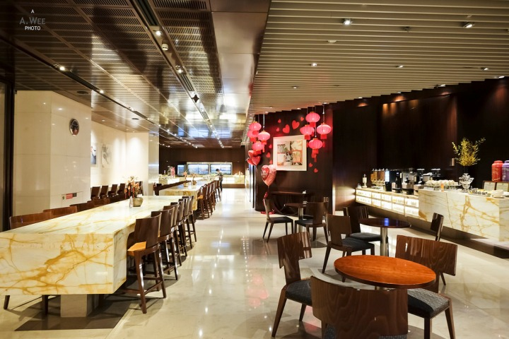 Cuisines of Singapore Airlines Silver Kris Lounge in Changi Airport Terminal3