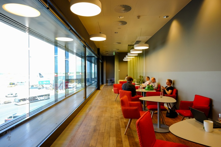 Austrian Airlines Business Lounge in ViennaAirport