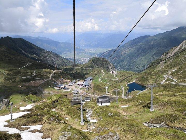 Glacier skiing in June at Kitzsteinhorn,Austria
