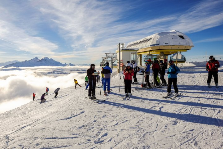 Festive Winter Skiing at Meiringen-Hasliberg