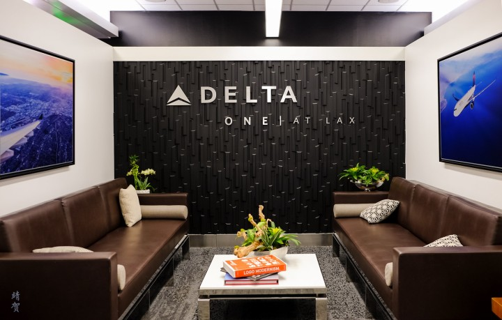 Delta ONE experience and Delta Sky Club at Los Angeles Airport Terminal 2